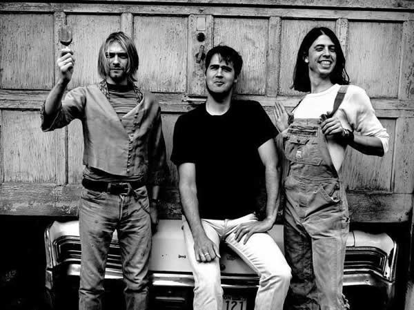 Nirvana - 90s Fashion Trends